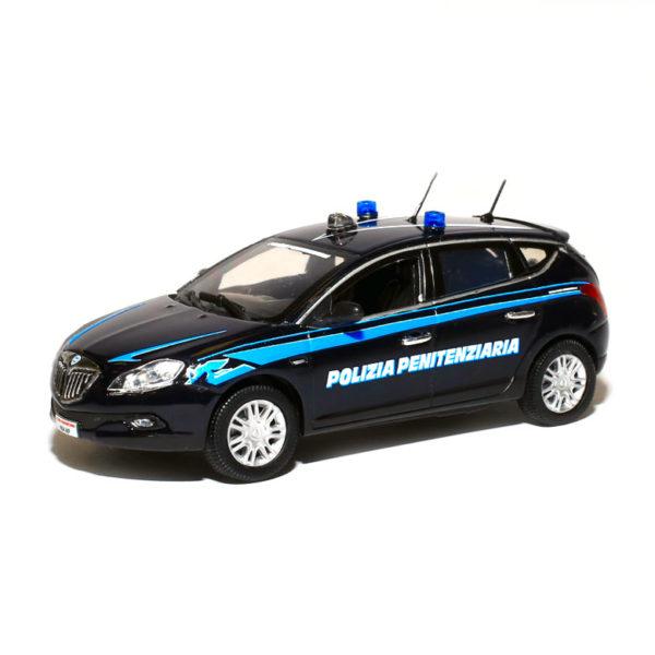 modellino in scala lancia delta polizia
